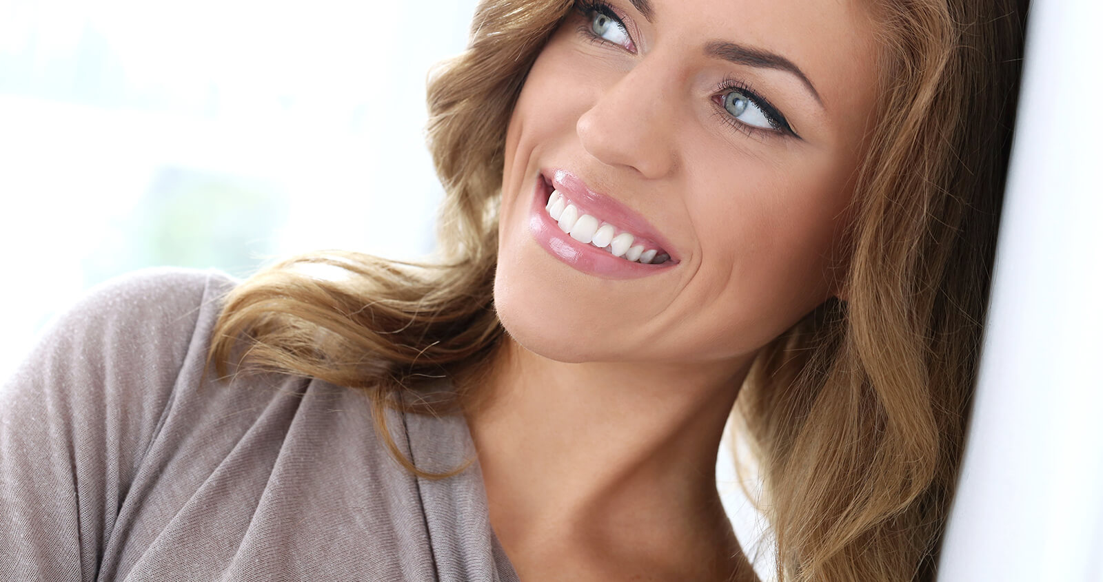 Reasons why Dental Whitening Service is So Popular at Dental Clinics in Highland, MI
